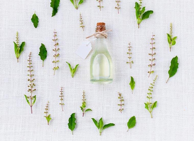 Aromaterapia: oli essenziali per la salute