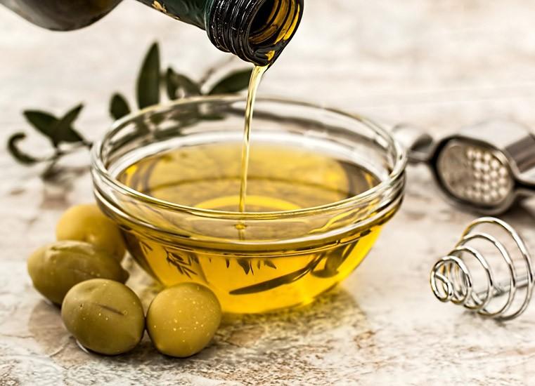 Olio di oliva: proprietà e conservazione