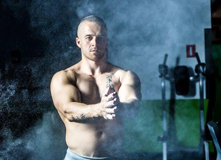 Fisico perfetto per l'uomo, esercizi e alimentazione
