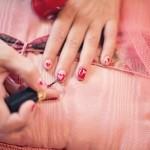 Ricostruzione delle unghie con cartine