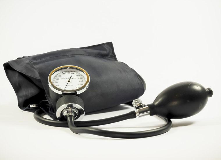 Pressione minima alta: cause, sintomi e cosa fare