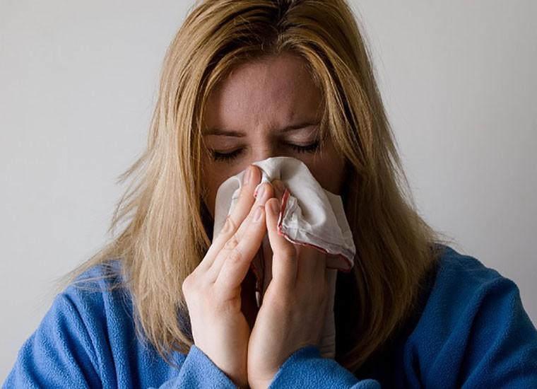 Setto nasale deviato: cosa comporta e come si cura