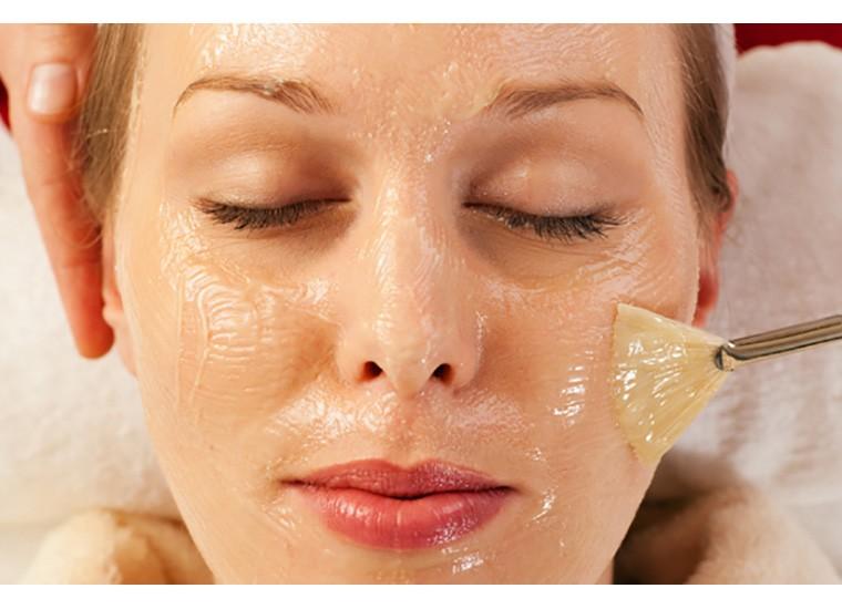 Acido mandelico nei cosmetici: cos'è e a cosa serve