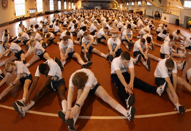 Ecco i migliori esercizi di stretching per addominali