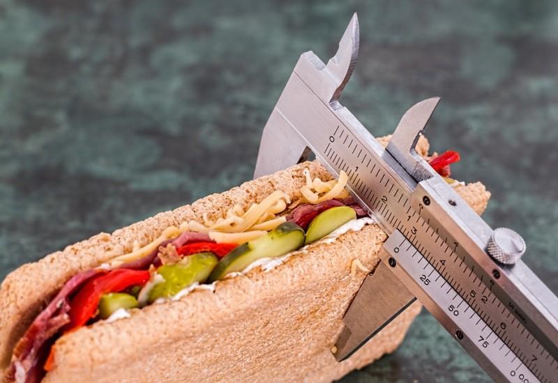 Le abitudini alimentari corrette per perdere 5 kg in un mese