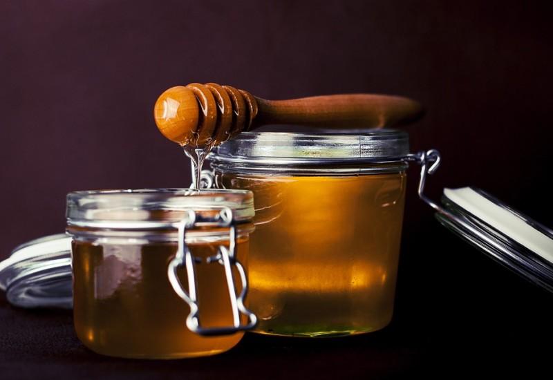 Il miele rosato, un preparato naturale dalle numerose virtù curative