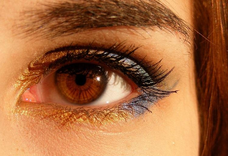 Rimedi contro l'irritazione del contorno occhi