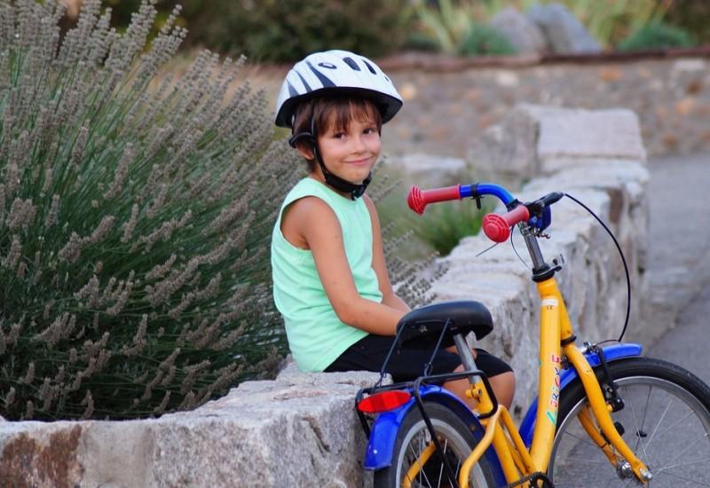 Scopriamo insieme come aiutare a dimagrire i nostri bambini con esercizi e attività fisica