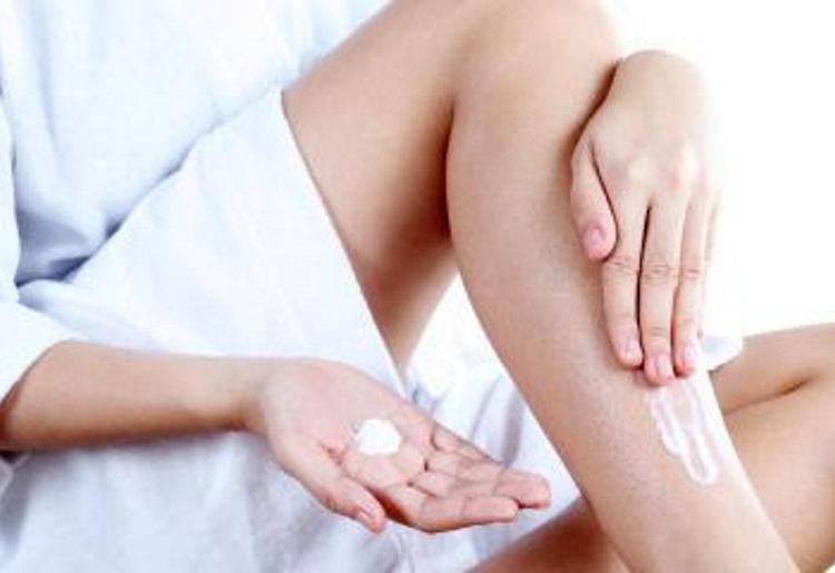 Come avere gambe lisce e morbide con lo scrub