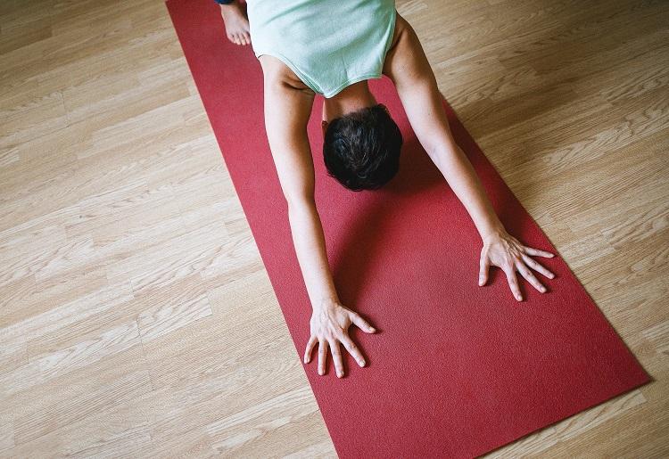 Yoga acrobatico, cos'è e quali sono le posizioni