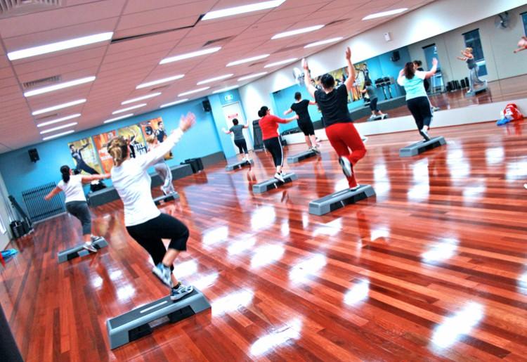 Step coreografico: l'esercizio giusto per bruciare calorie
