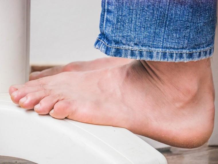 Sperone Calcaneare: Cos'è? Sintomi, Cause e Terapia