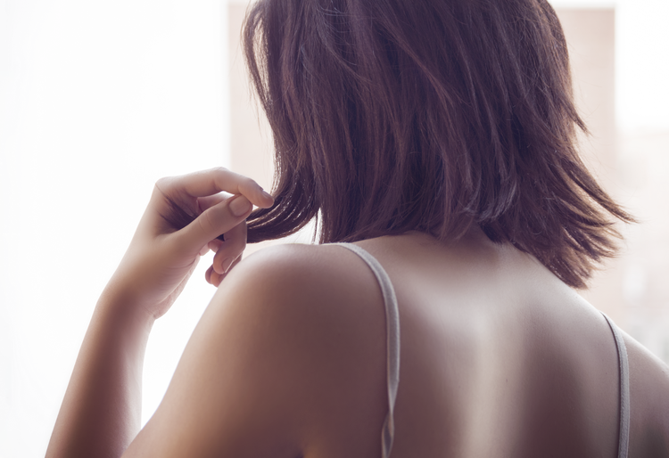 Dolore alla schiena: tutti gli errori che commettiamo per provocarlo