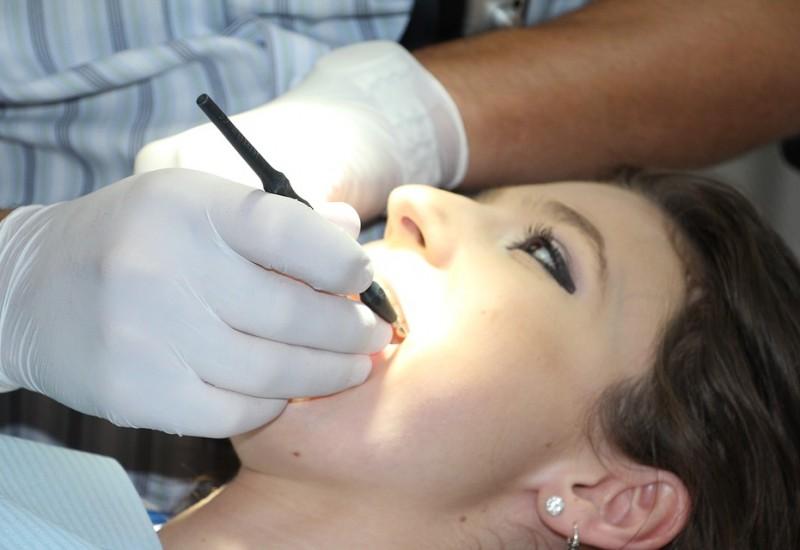 Cause e terapie per la cura del granuloma dentale