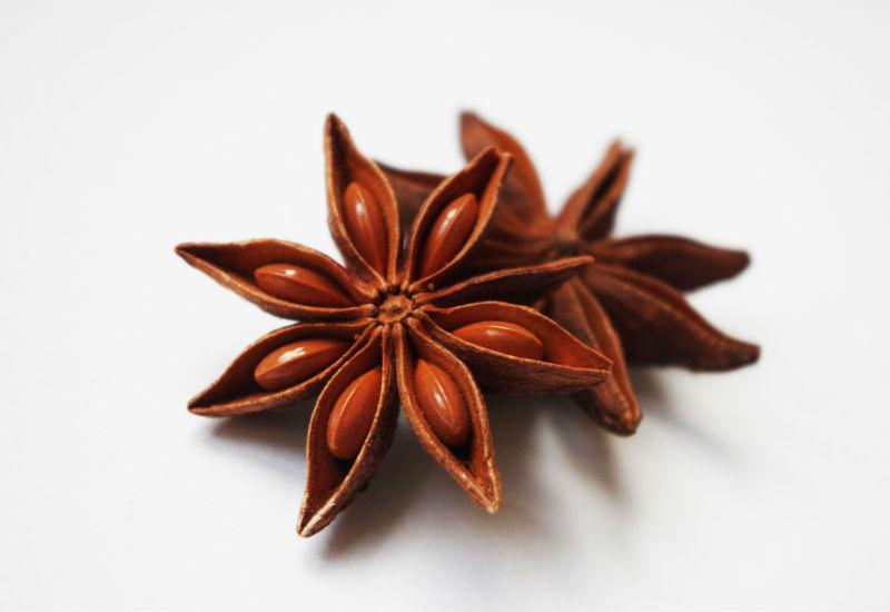 L'anice stellato, tutte le proprietà e gli usi di un frutto straordinario