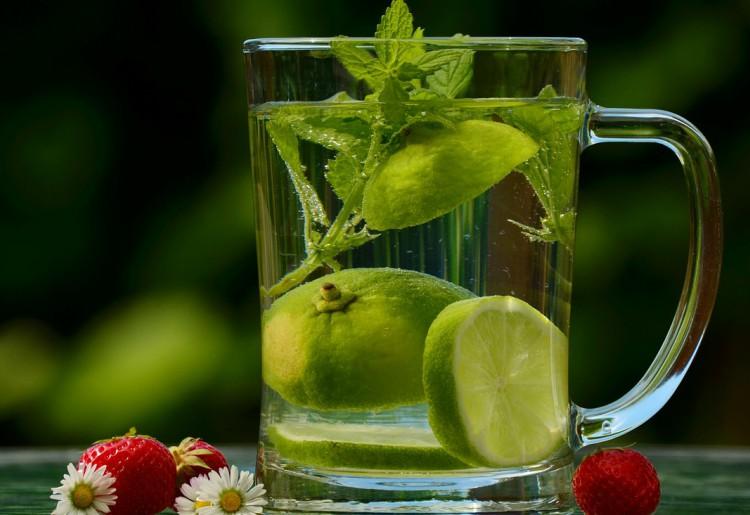 Limone per i brufoli, può essere utile?