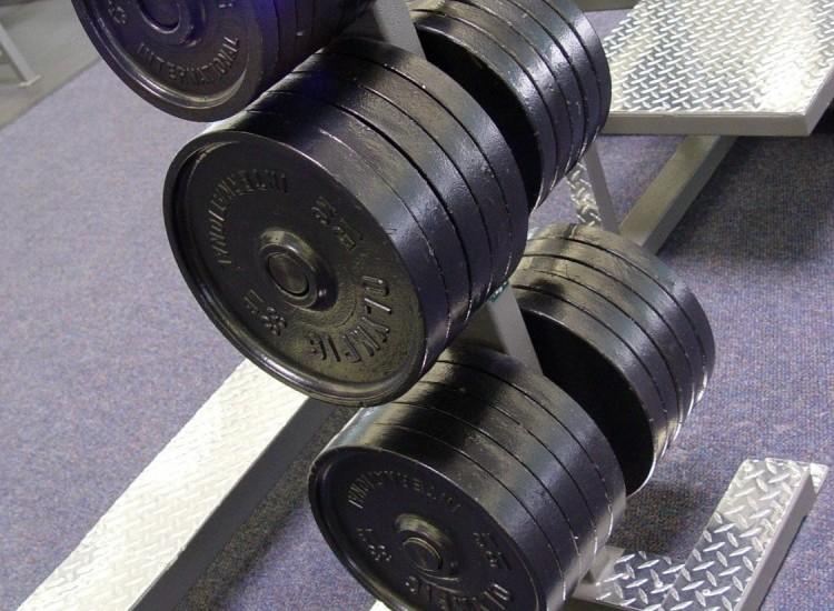 Military press: esercizio benefico per le spalle