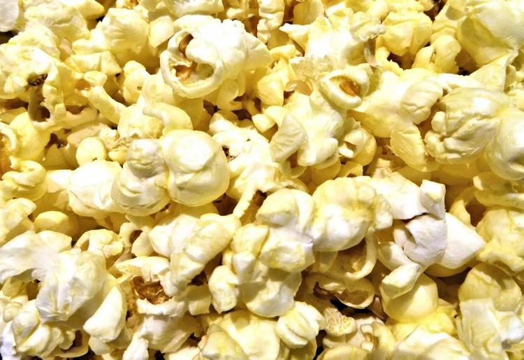I popcorn fanno ingrassare?