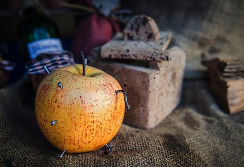 La mela chiodata, segreti, consigli, virtù