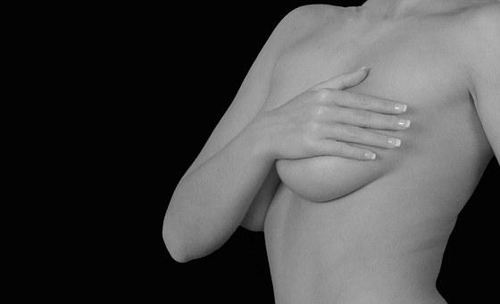 Dolore al seno, come e perché si manifesta