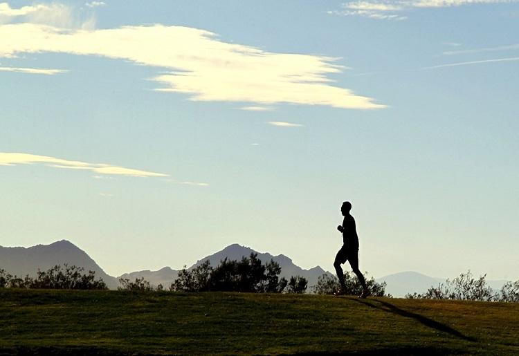 Corsa in montagna, allenamento e benefici