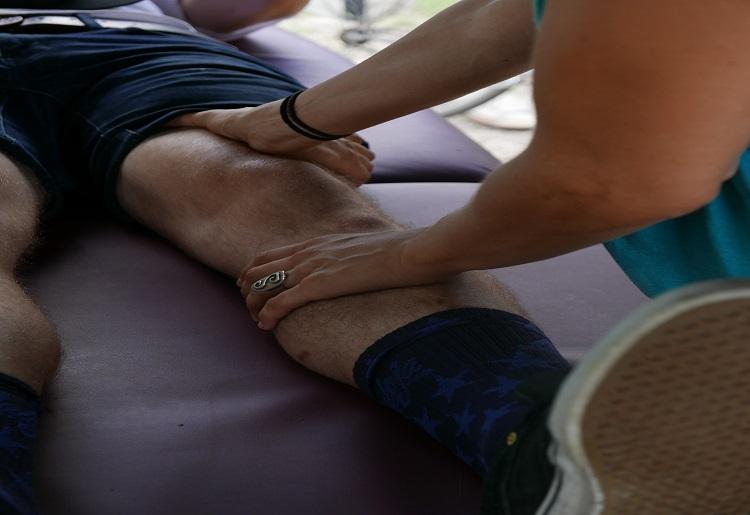 Massaggio defaticante, come si fa e benefici
