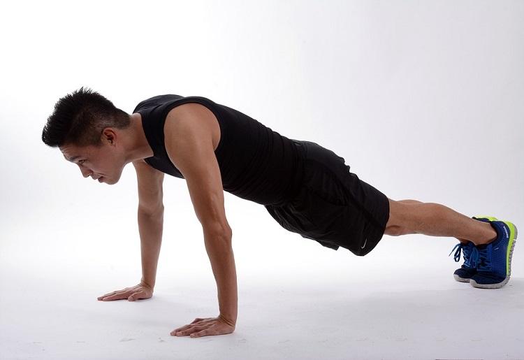Plank addominali, come funziona e benefici