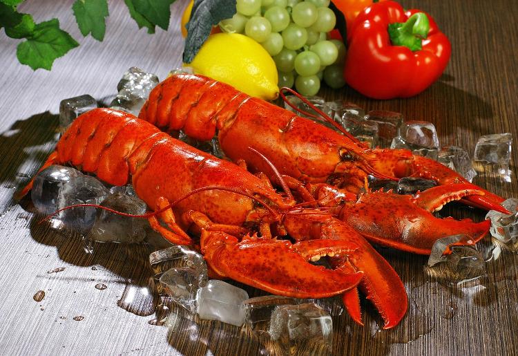 Aragosta, calorie, benefici e proprietà