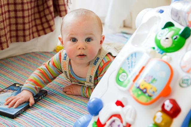 Macchie nei neonati, di cosa si tratta, una guida per non preoccuparsi