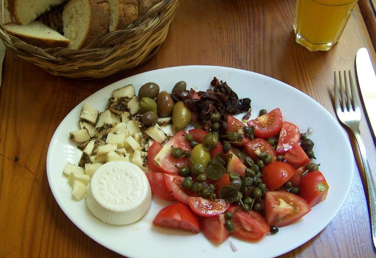 I capperi, calorie, benefici e proprietà nutrizionali