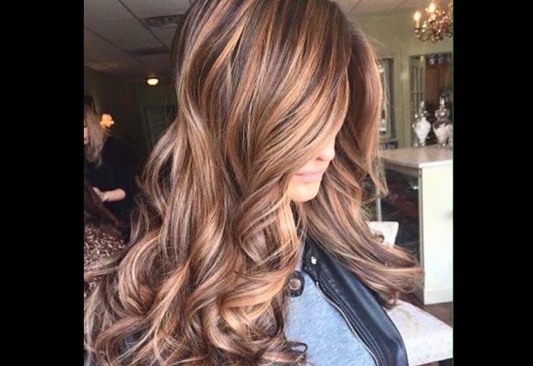 Il colore bronde per i capelli, come si fa