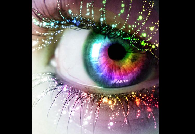 Cambiare colore degli occhi, soluzioni e consigli