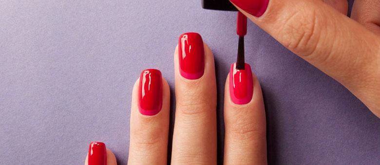 Come avere unghie lunghe, forti e belle