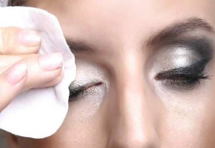 Struccanti per pelli sensibili,indicazioni e suggerimenti all'uso