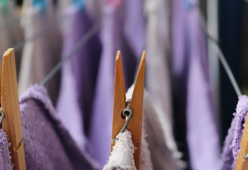 Perché un'asciugabiancheria è più salutare del bucato lasciato asciugare in casa